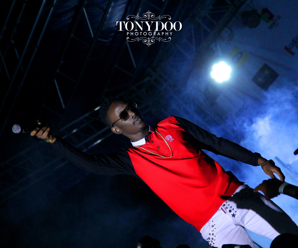 Dammy Krane and Photography by Top Wedding Photographer in Nigeria Tonydoo Visuals